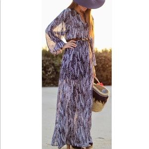 H&M LONG SLEEVE FEATHER PRINT BOHO MAXI DRESS 🦋